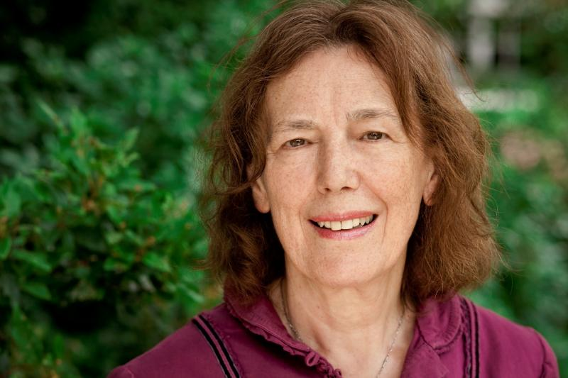 Claire-Tomalin-biographer